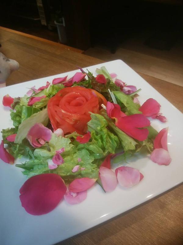 薔薇のサラダ